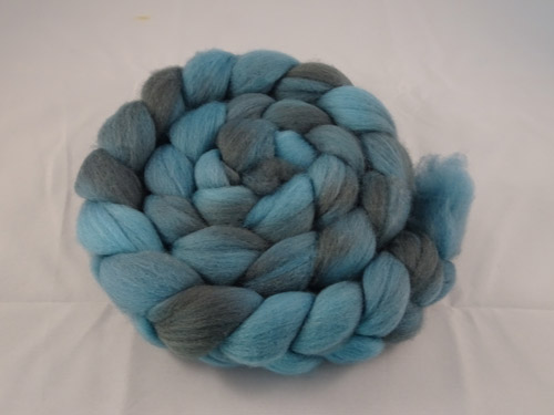 Semi Solid Merino Roving No 676