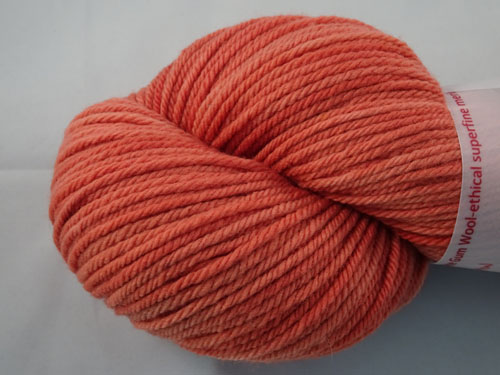 Salmon 8ply White Gum Wool