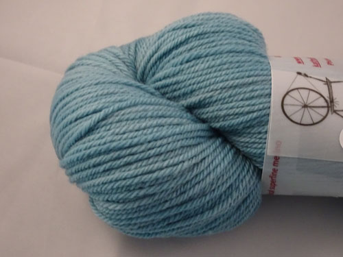 Blue Teal 8ply White Gum Wool-
