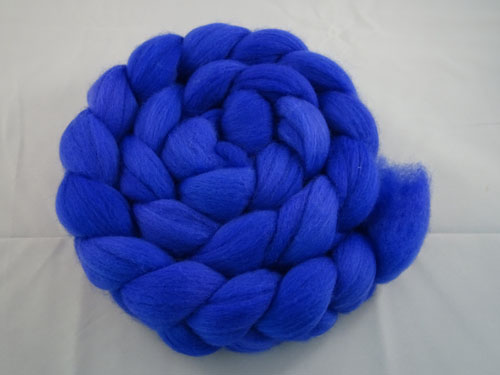 Semi Solid Merino Roving No 654-