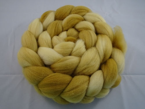 Semi Solid Merino Roving No 655-