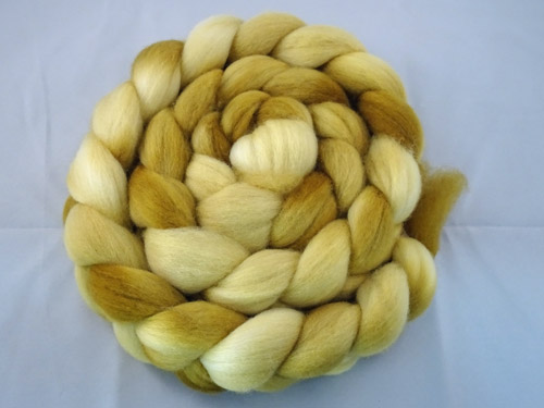 Wirreanda Polwarth Tops Semi Solid No 031-